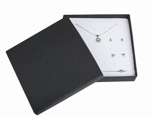 collier/ensemble